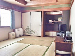 Wifi【和室2室専用大浴場トイレ朝食付五千円】