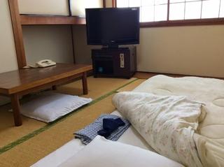 Wifi【和室6畳 シャワー室WC朝食付五千円】
