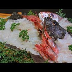 ☆≪欲張りさんはコレで決まり☆》獲れたて旬魚+大漁舟盛+若狭牛陶板焼【食の競演プラン♪】