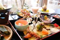 【♪ふかふかベッドの洋室プラン♪】お料理がグレードアップ!旬の食材を厳選した創作和食♪