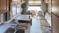 【プレオープン記念◆一泊夕食BBQ特別価格】キャンピングカーに宿泊<ドライブ旅行やツーリングに最適>