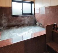 #30_cd【じっくり温泉を味わいたい方に】◆源泉掛け流し風呂付特別室◆温泉三昧と新潟グルメ会席