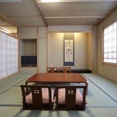【コネクティングルーム】源泉お風呂洋室ツイン+和室12.5畳