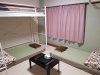 【女性限定】桜の間トリプル二段ベッドとソファーベッ