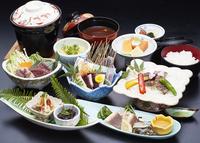 夕食は太地のくじらをコースで♪&新鮮な海の幸のこだわりの和食とくじらのミニコース☆1泊2食付