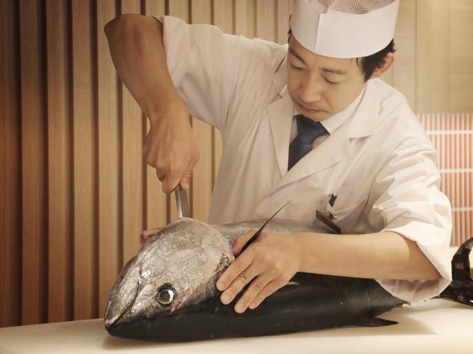 【3月は本マグロ解体ショー】寿司、天婦羅など約60種!ライブ割烹ブッフェプラン