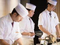 【夏の味覚を満喫!】鮨、天婦羅、ローストビーフなど約60種!ライブ割烹ブッフェプラン