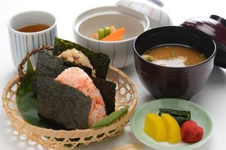 ☆朝の始まりは、お手軽においしい【宮城県産ササニシキ】おにぎりセット付プラン♪