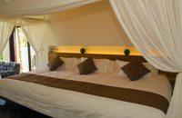 【オープン5周年記念料金】プライベートプール付スイートルーム広さ130平米のお部屋20時間ステイ