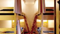 4人部屋個室(共用シャワー、トイレ)