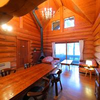 【ログハウス◇8〜20名】[洋室3+和室1+居間]1棟貸切
