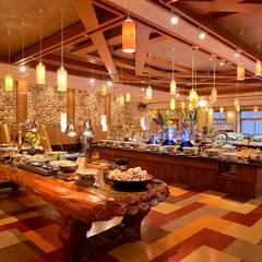【飲み放題】夕食時90分飲み放題と蟹・握り鮨など旬なメニューが食べ放題のビュッフェ宿泊プラン♪