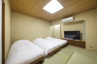 ◆女性専用◆和室トリプルベッドルーム〔三名部屋〕