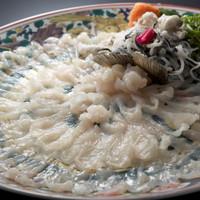 【淡路島3年とらふぐ】冬の味覚の王様を味わう☆ふぐ鍋、てっぴ、てっさ、白子茶碗蒸!冬の味覚贅沢プラン