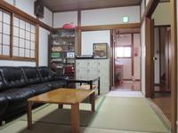 2F 和室6畳(個室) ☆大阪駅まで電車で17分☆USJまで電車で32分☆
