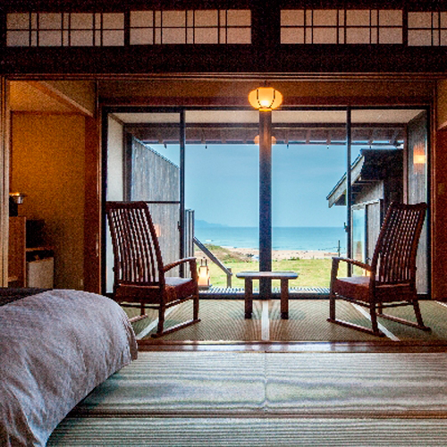 Ocean Front Japanese-Style Room
