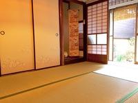 梅Ume 1階和室 京間6畳.縁側お庭付