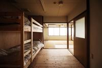 ドミトリールーム  男性用 二段ベッドのべッド1台