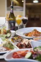【秋冬旅セール】【2食付き】ホテル直営のレストラン3店舗(和洋中)から選べるディナー付きプラン