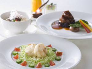 【2食付き】ホテル直営のレストラン3店舗(和洋中)から選べるディナー付きプラン