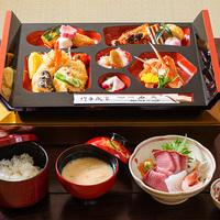 【朝食無し夕食はケータリング】三国の海でとれた旬の魚介類を中心とした和風料理弁当「松花堂風豪華弁当」