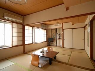やすらぎの空間〜和室12畳(お風呂・トイレなし)〜