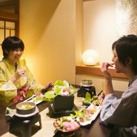 【◆*カップルやご夫婦で*◆】<8大特典>夕食個室処・最大21時間滞在・色浴衣で二人旅を満喫♪