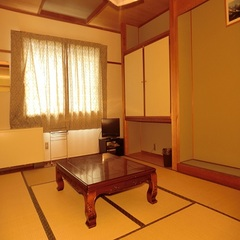 和室8畳トイレ付(バス無)