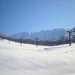 ◆2食付冬のスタンダードプラン◆ 宿はゲレンデの中!スキー・ボードに最適♪