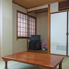 和室8畳【セパレートタイプのバス・トイレ付】喫煙