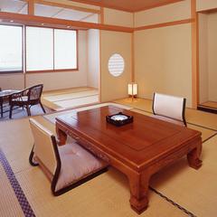 ■和室10〜12.5畳 (バス・トイレ付)