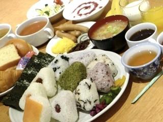 ■シングルB/無料朝食つき【当日限定】