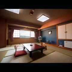 【夜景側】和室(バストイレ付)