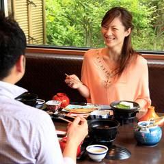 【二大無料特典付き!】ご夕食はお部屋食★かに2杯付き鍋コース