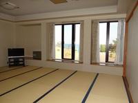 【訳あり】水まわりはありませんが、広々15畳から18畳の和室でお子様連れに人気です