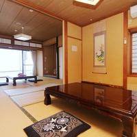和室18畳(海が見えるお部屋)