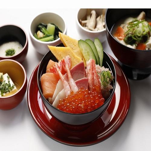 【朝食付き】スタンダードプラン<富山名物を取り入れた和洋食♪>