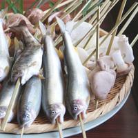 【スタンダード串焼きコース】囲炉裏を囲んでワイワイ賑やかに!(2食付)