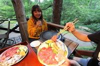 森の中のツリーハウスで焼き肉BBQの夕食プラン 2食付