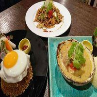 『選べるメイン料理』プラン☆生駒の景色を楽しみながら本格インドネシア料理に舌鼓!(2食付)