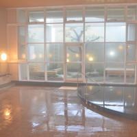 【早割・朝夕食付】28日前からの予約でお得♪島唯一の天然温泉♪全室オーシャンビュー♪