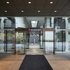 ホテル最上階!Executive Lounge Trialプラン 13時レイトチェックアウト