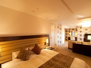 スイートルーム(クオーレガーロ)禁煙 39平米 キングベッド