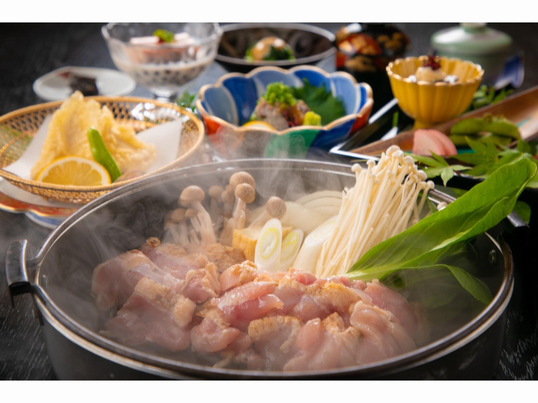 おおいた地鶏の美味しさが十分に味わえる【鶏すき会席】-torisuki-