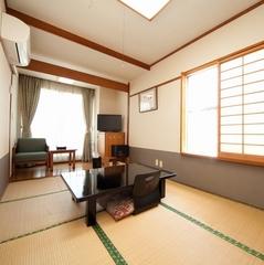 和室7.5畳〜限定1室〜バストイレ付☆(禁煙)☆