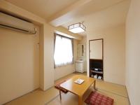 【喫煙】和室二人部屋(バス・トイレ共用)