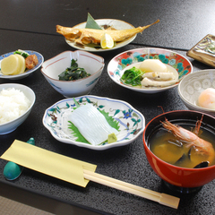 【朝食付*お手軽7,560円プラン】品数多めの和朝食で1日をスタート♪加賀観光の拠点やビジネスにも◎