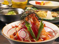 【お部屋食】丼シリーズ、お夕食は見て驚き「びっくり丼」