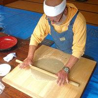 ≪手作り蕎麦打ち体験≫美味しいお水と手作りパワーで美味しさ倍増!(平日限定)