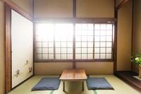 1階 花の間 和室5畳 職人に寄る土壁が特徴のお部屋